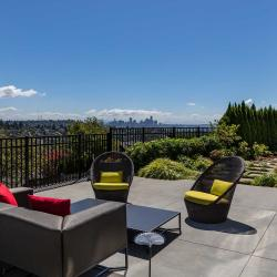 2480CrestmontPlW-20-Patio3